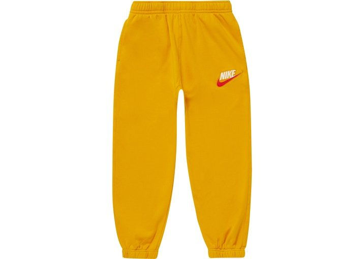 021317f2 Supreme S Logo Sweatpant Red - FW18 | Pants in 2019 | Street wear, Mens  fashion:__cat__, Sweatpants
