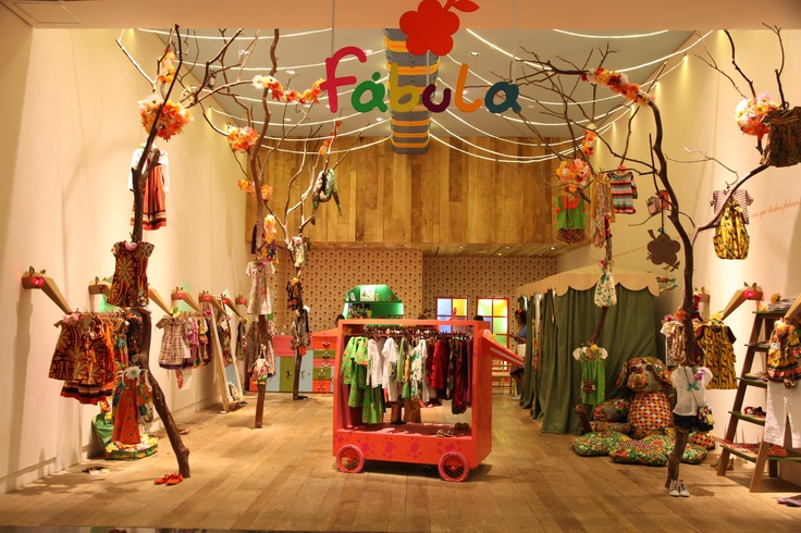 LOJA FÁBULA // Shopping Rio Design Barra