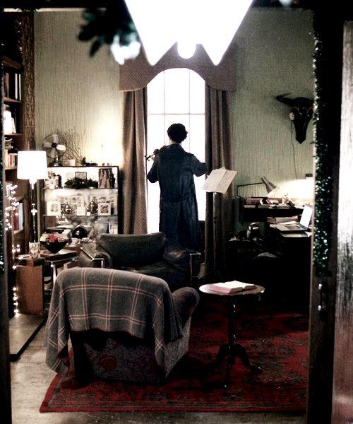 41 Best Sherlock 39 S Living Room Interior Views Images On Pinterest 221b Baker Street Benedict