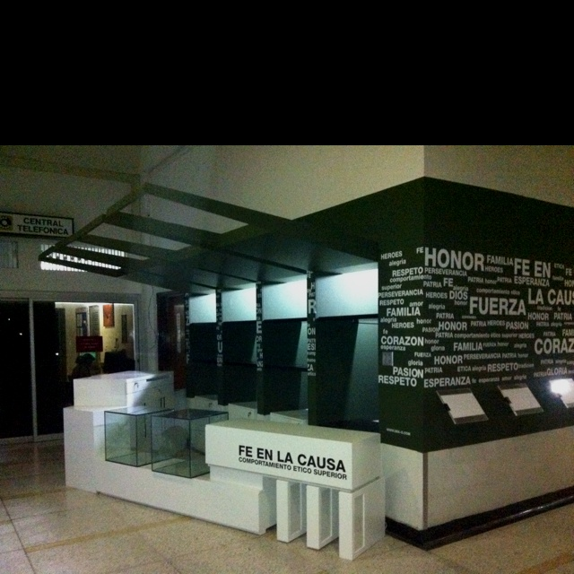 Fe en la causa stores for the colombian army wounded soldiers by Dek-O