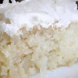 CREME OF COCONUT CAKE
