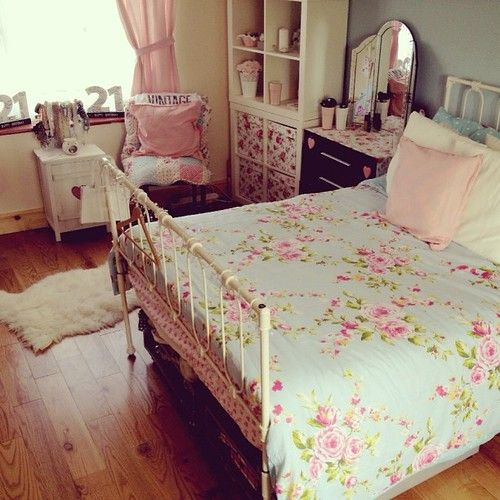 358 best My Vintage Bedroom. images on Pinterest | Home ideas ...