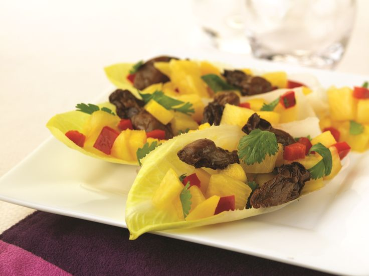 Make Life Easy with this Smoked Oysters and Pineapple-Mango Salsa recipe! LIKE us at https://www.facebook.com/goldseal#PinToWin #NoDrainer #MakeLifeEasy