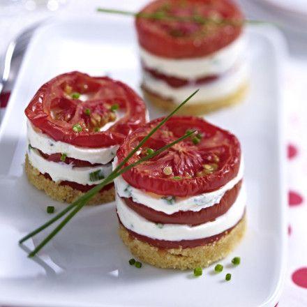Tomaten-Käse-Türmchen Rezept | LECKER