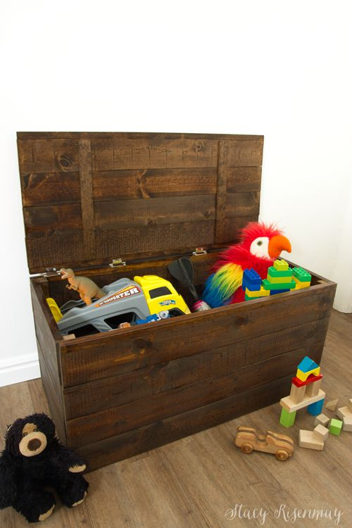 Easy To Build Toy Box Crate | Stacy Risenmay Sponsored by Minwax
