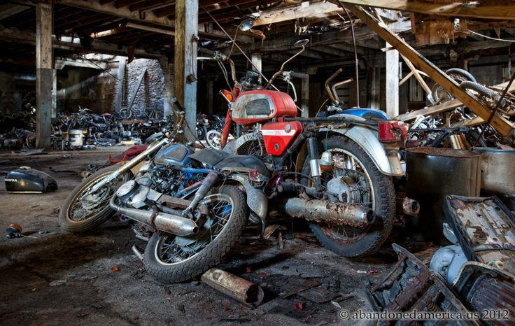 Matthew Christopher's Abandoned America - Kohl's Motorcycle Salvage