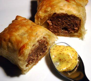 Saucijsenbrood (Sausage Roll) - Dutch food!