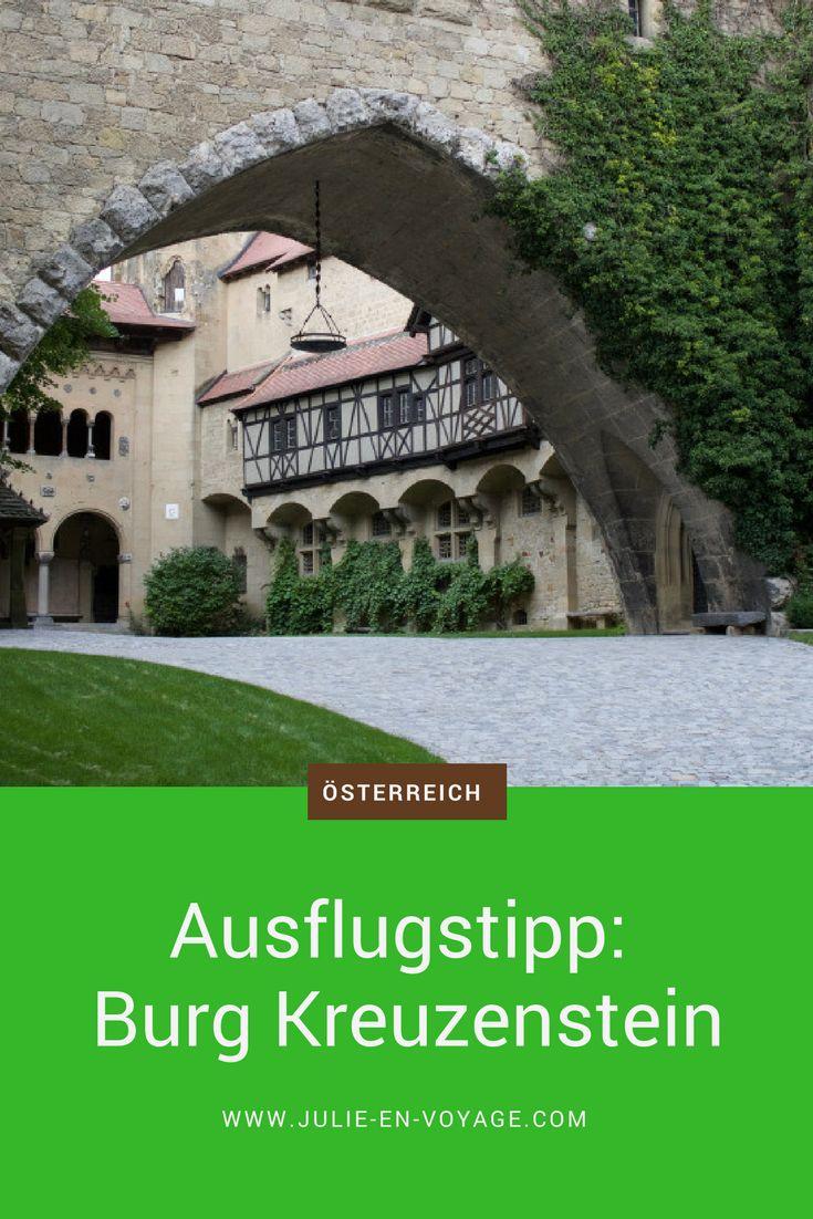 Um die Welt des Mittelalters zu entdecken, muss man nicht weit fahren. Gleich vor den Toren Wiens befindet sich beispielsweise die Burg Kreuzenstein. Ein Ausflug dorthin lohnt sich auf jeden Fall. Mehr dazu im Beitrag. #tipp #ausflugstipp #ausflug #kurztrip #österreich #burg