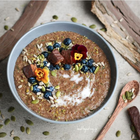Chocolate Coco Cinnamon Zoats by @healthyeating_jo - Sweeter Life Club