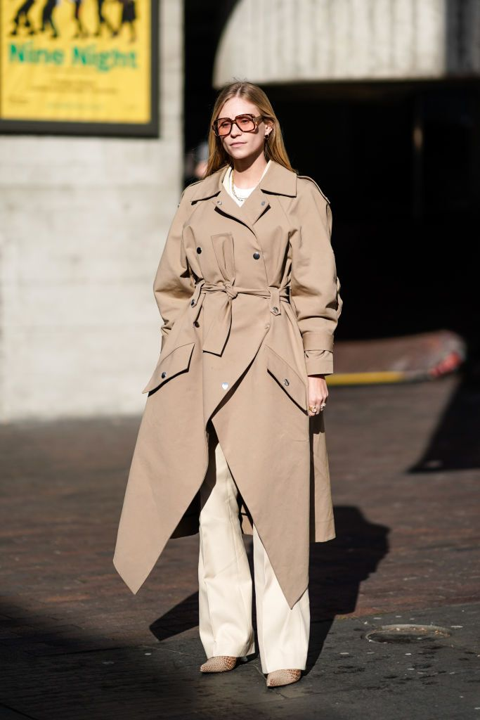A Guest Wears Trench Coat Flare, Trendy Trench Coats 2019