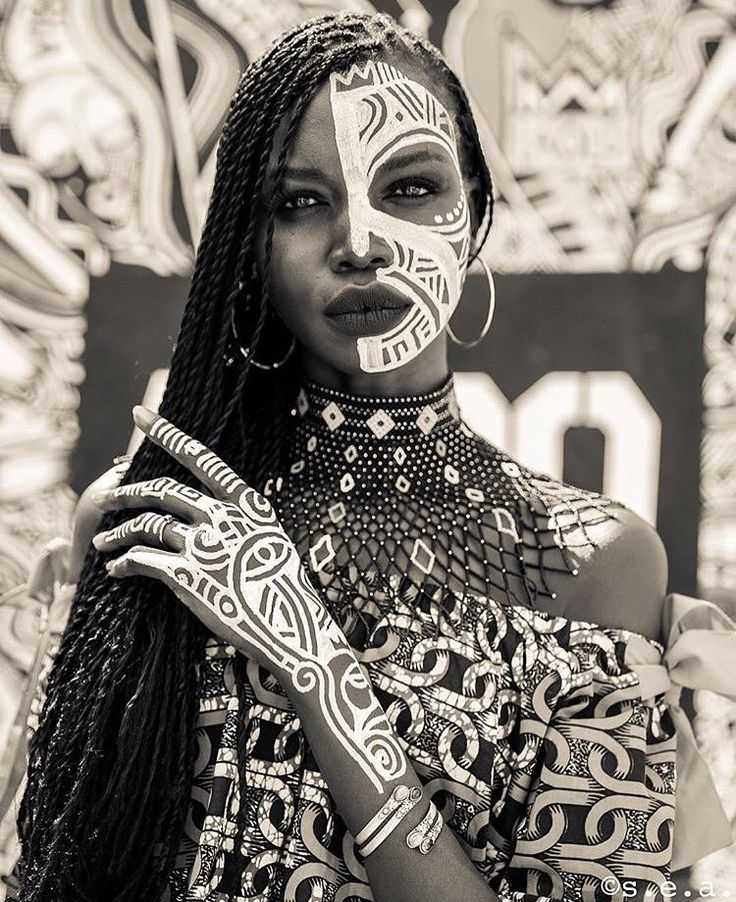 Best 25 tribal women ideas on pinterest tribal african for African body decoration