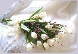 Resultado de imagen para bouquet de novia de tulipanes