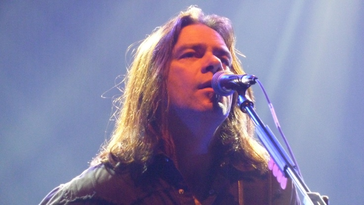 Alan Doyle of GBS performs in Oshawa