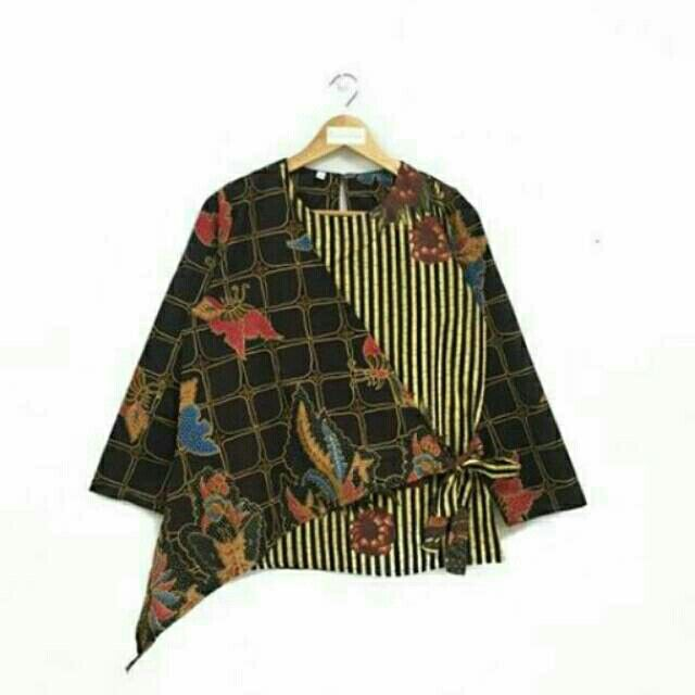 Saya menjual Blouss batik kantoran seharga Rp124.000. Dapatkan produk ini hanya di Shopee! https://shopee.co.id/nurika.batik/215859345 #ShopeeID