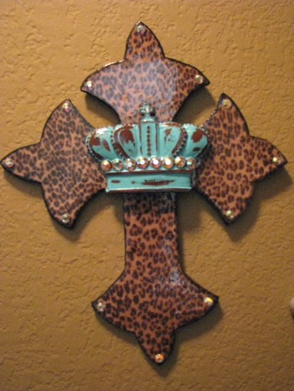 Leopard, Turquoise Crown, and Crystal Wall Cross
