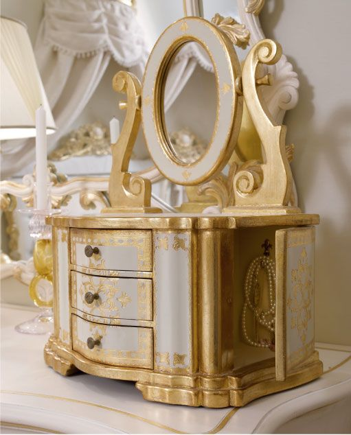 Luxury Complements - jewel box - The furnishings are finished in pure 23 karat gold leaf applied by hand with natural products and time-honored instruments in a commemoration of the refined and complex Florentine gouache technique first used in the 1200s.