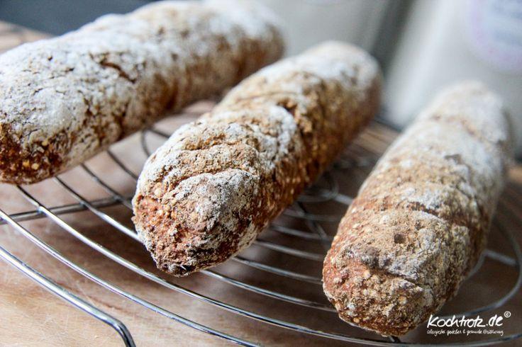 Ruckzuck-Rezept: rustikale Möhren-Quinoa-Baguettes, hefefrei und glutenfrei - optional mit Dinkelmehl