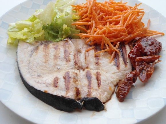 pesce spada e  menu' settimanale di agosto : http://super-mamme.it/2015/08/03/menu-settimanale-di-agosto/