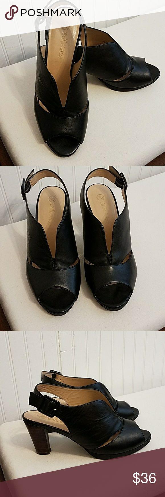 Bella Vita Leona black sandals 9w black Bella Vita Leona slingback sandals.  Leather upper with 3-inch stacked heel. Gently worn in great condition! Bella Vita Shoes Sandals
