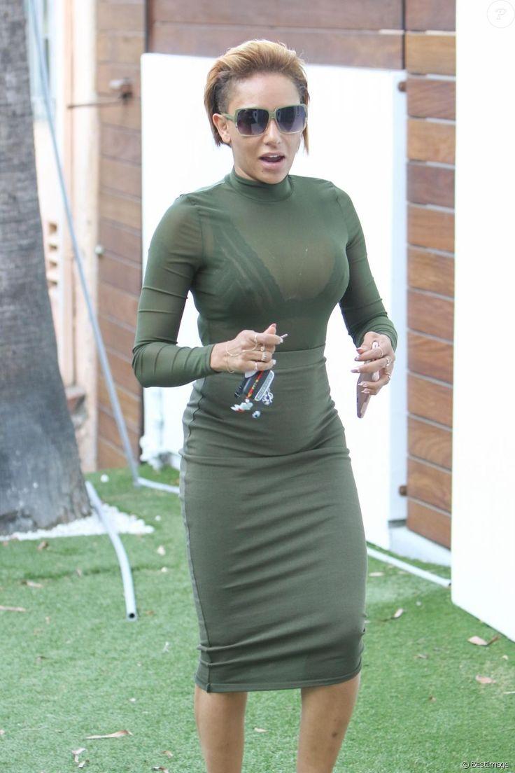 Mel B (Melanie Brown) après une journée au tribunal dans le procès qui l'oppose à son ex mari Stephen Belafonte se promène à West Hollywood le 8 septembre 2017.