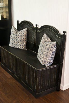Headboard Bench | The Lettered Cottage. This is one of the best I have seen KM