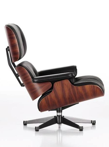 LOUNGE CHAIR Leather armchair by @vitra #design Charles & Ray Eames (1956)