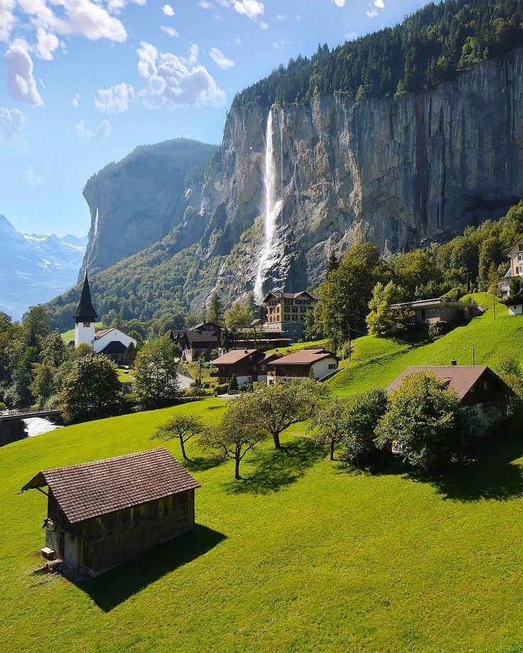 Lauterbrunnen, Switzerland  Photograph by @sennarelax