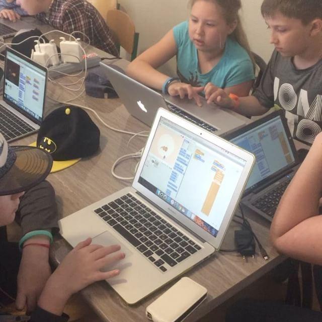 #nextcamp #всмоленске #кружки  скретч-дети учатся создавать компьютерные игры