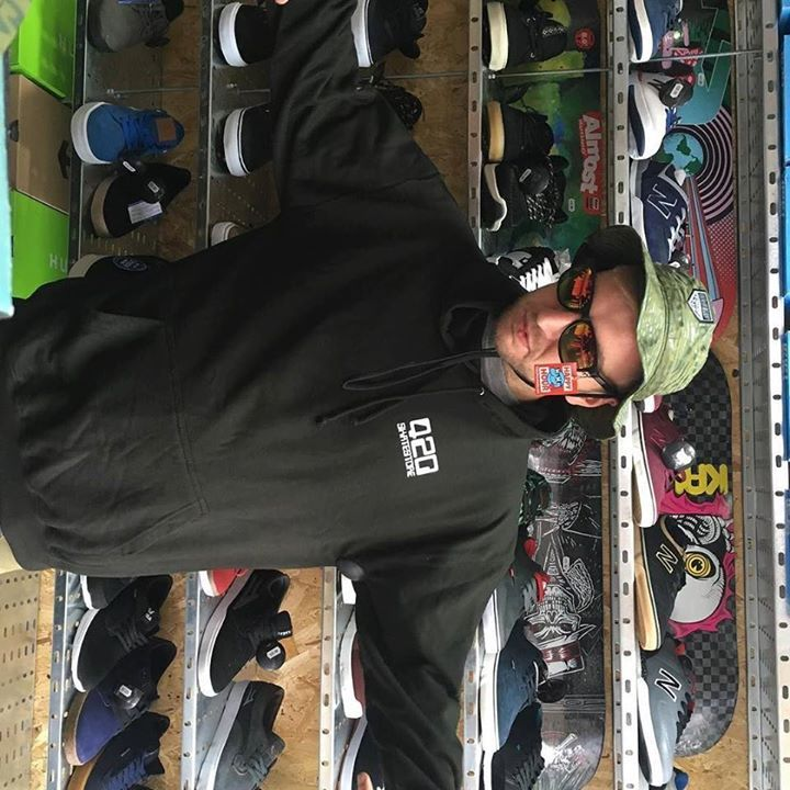 Just got a massive drop trainers 420 clothing and hoodies tees hardware come and check it out we're now at 220 cowley road #huf #420 #420skatestore #palaceskateboards #thehundreds #supra #oxford #skateboarding #abchatco #happyhour #primitive #independent http://ift.tt/2u4SISI