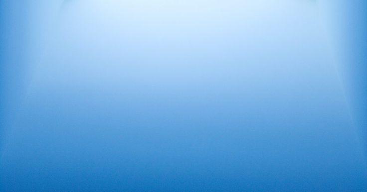 Desventajas para los tragaluces. Ventanas horizontales instaladas en los tejados de los edificios que admiten la ventilación y la luz, los tragalucen les proporcionan muchos beneficios a los propietarios de viviendas, pero pueden poseer desventajas también, especialmente si no son instalados sensatamente o mantenidos correctamente. Muchas desventajas para los tragaluces pueden ...