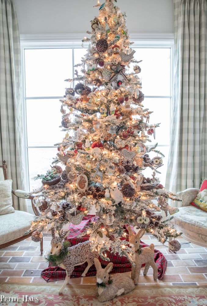 French Country Christmas Decor with Romantic Pastels