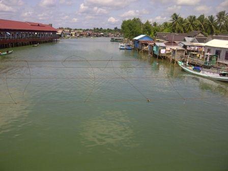 Lagi, Sungai Kusan Tercemar Limbah