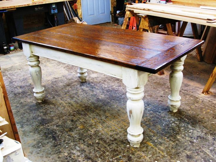 Farmhouse table looks charming with elegant design of farmhouse table that can be built based on DIY plans in how to build rustic country dining table. Rustic farmhouse tables are taking stage as one of the most elegant designs of dining table for sale in the market especially Pottery Barn and...
