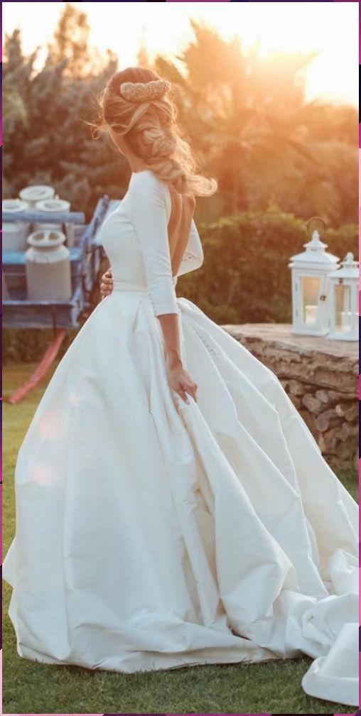 30 einfache Brautkleider für elegante Bräute #blumenkinder ...