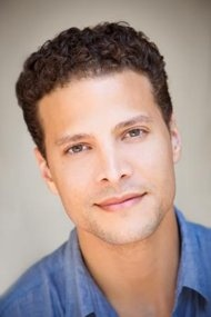 Ooooo Justin Guarini grew up right!!!