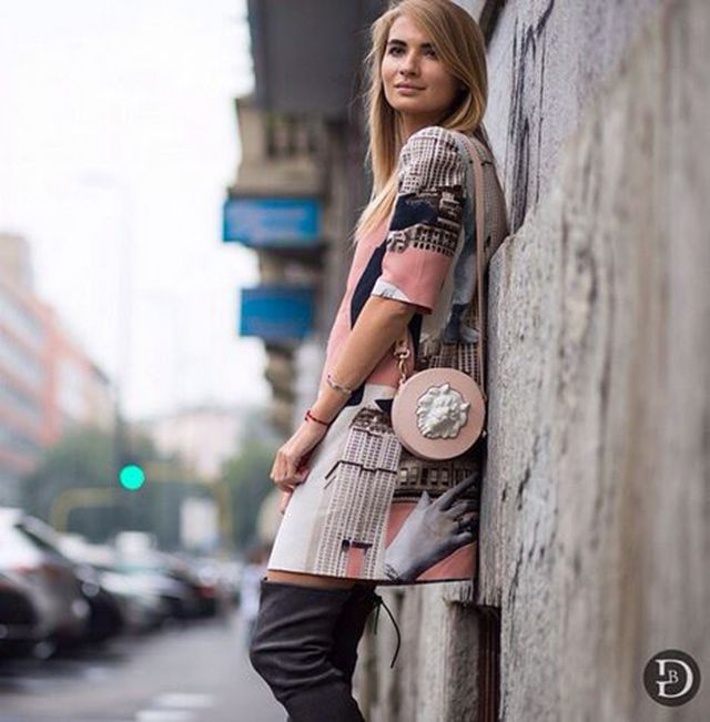 Fashion blogger Kykla Masha-Maria Kolosova carrying our handbag by Andres Gallardo in MFW