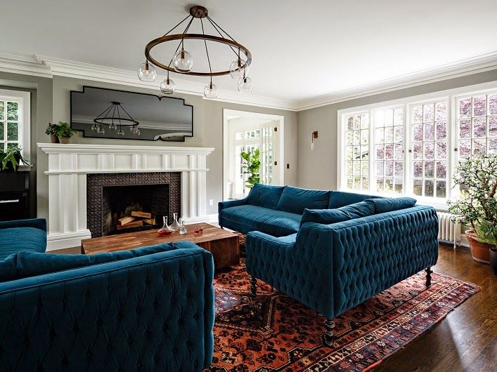 Mix and Chic: Home tour- A charming English Tudor home in Portland the light and windows !