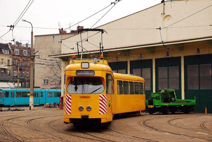 Düwag GT6 #2617 MPK Poznań zajezdnia Madalińskiego