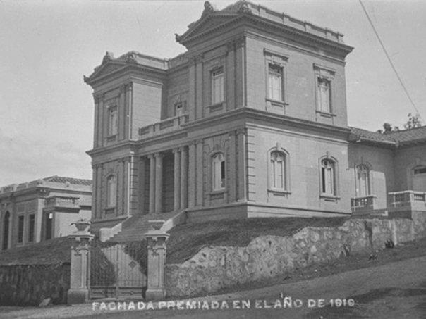 Águila descalza 1910