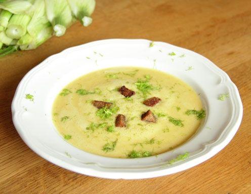 Zucchini-Fenchel-Cremesuppe mit Senf