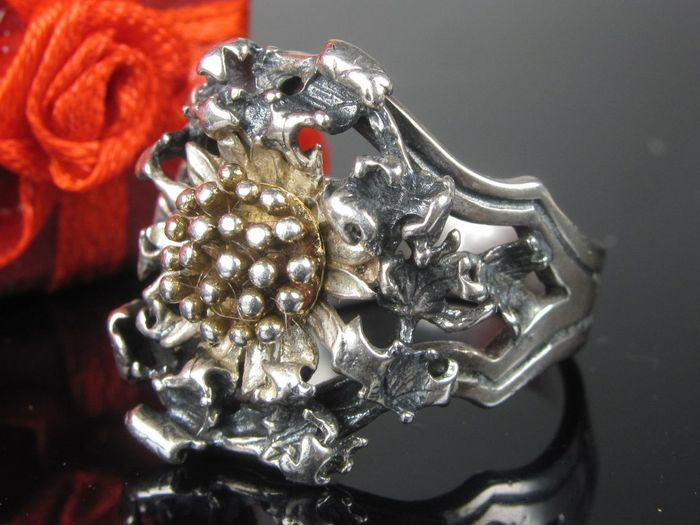 Catawiki online auction house: Hermann Bauer silver with edelweiss flower - Germany