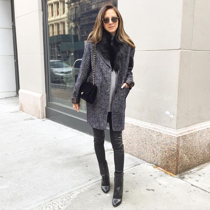 """Arielle Noa Charnas on Instagram: """"Friday casual. #snmorningmoment """""""