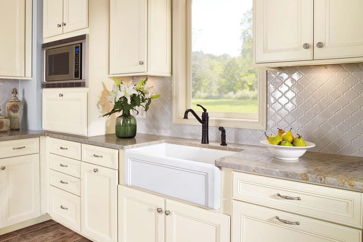 86 best WAYPOINT CABINETS images on Pinterest | Fitted