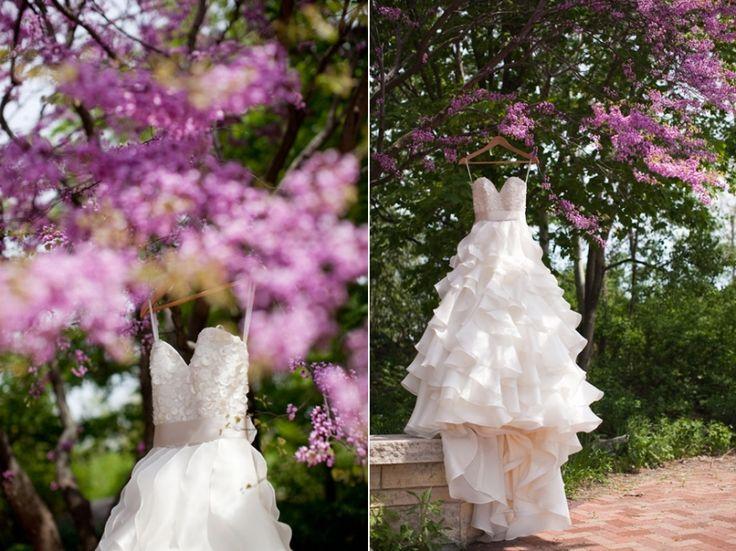 Independence Grove Wedding #spring #wedding www.ashleybiess.com