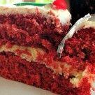 Também conhecido como bolo veludo vermelho, esse bolo é realmente um luuuuxo! Pensei em fazer ele como naked cake para decorar a mesa no natal. Receita de Bolo Red Velvet