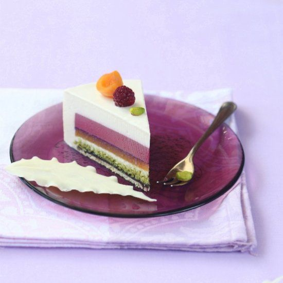 """Etude"" Entremet Cake with 7 different layers. (in Russian and Portuguese)"