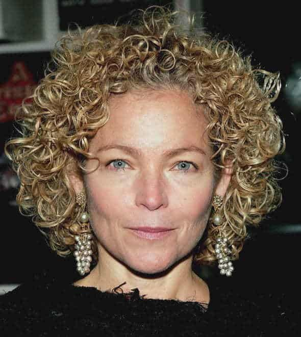 101 Glamorous Hairstyles For Women Over 50