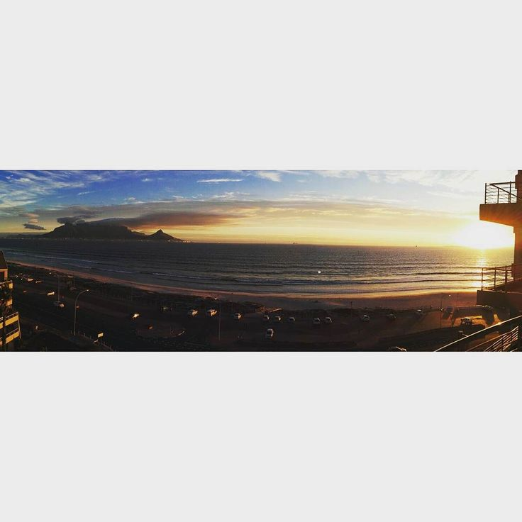 The view from the afternoon.  #niegraafwaternie #tablemountain #capetown #thisiswhereilivenow