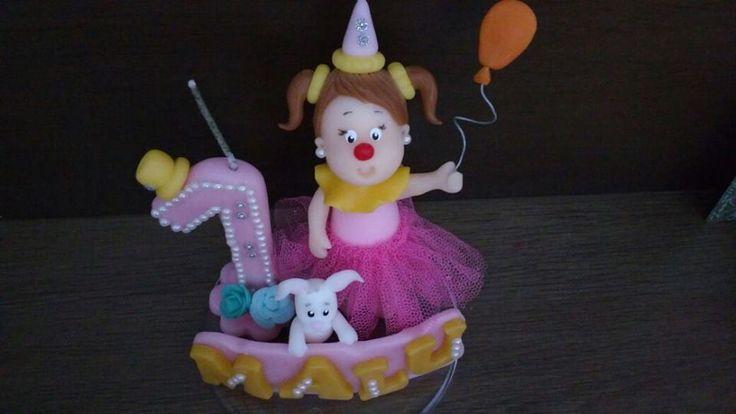Topo de bolo com vela circo rosa. Personalizado com vela e nome da aniversariante.  Produto feito sob encomenda.  Faço em qualquer tema.