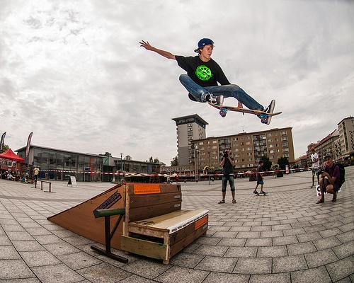 Another Skater in the air.